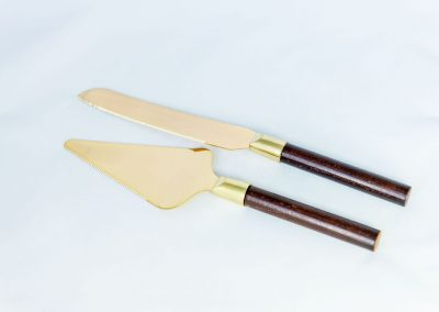 Gold Cake Serving Set with Wood Handles